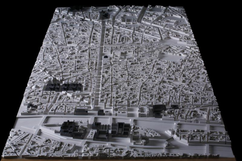 Maquette d un quartier de paris vu avant et apr s sa for Salon de la maquette paris 2017
