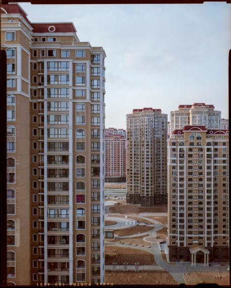 NEW WAY OF LIVING, Ordos, quartier d'Ejin Horo, Mongolie-Intérieure, Chine, 2018 © Sabine Delcour